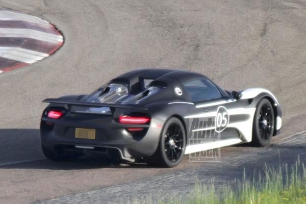Porsche 918 Spyder spyshots