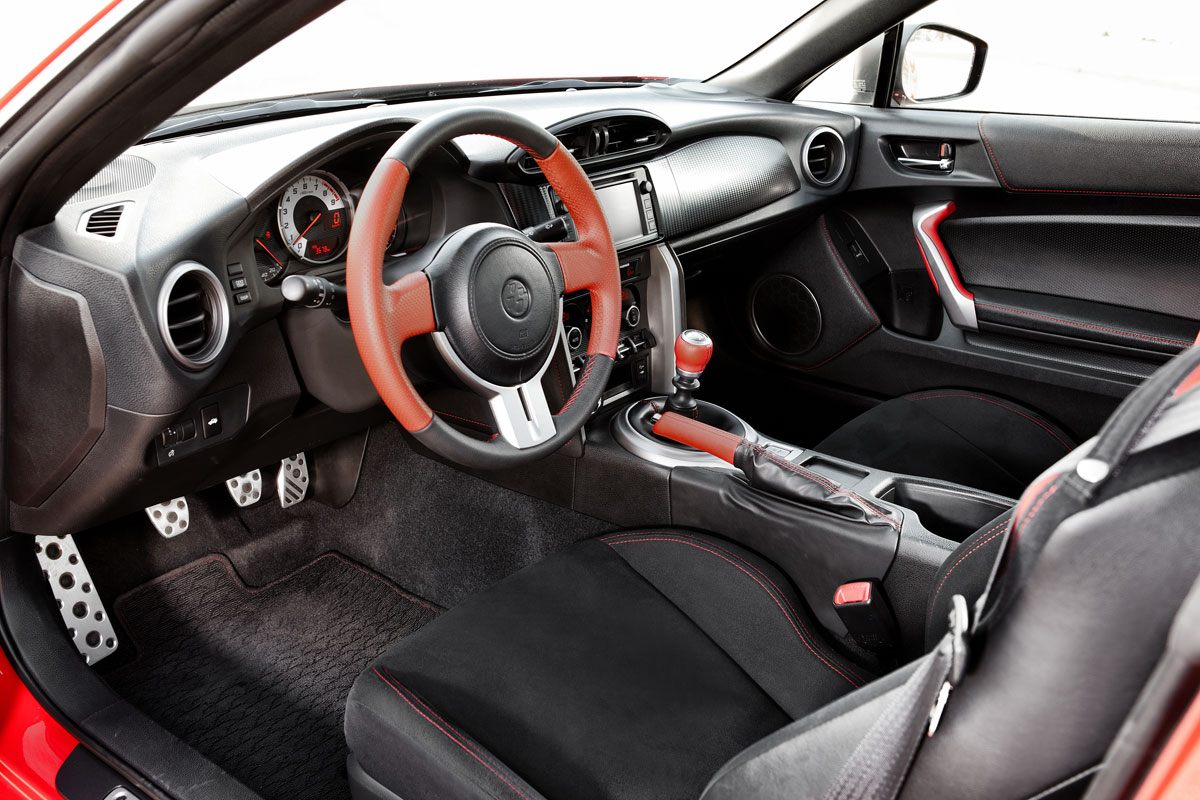 toyota gt86 2 0 d 4s base specificaties auto vergelijken. Black Bedroom Furniture Sets. Home Design Ideas