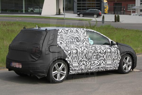 Volkswagen Golf VII spyshots