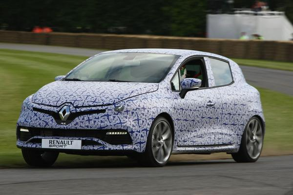 Renault Clio RS op Goodwood