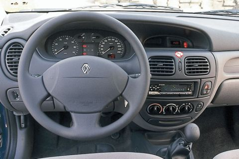 Renault megane scenic 2000 dashboard for Interieur scenic 2000