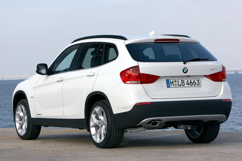 bmw x1 sdrive18i executive specificaties auto vergelijken. Black Bedroom Furniture Sets. Home Design Ideas