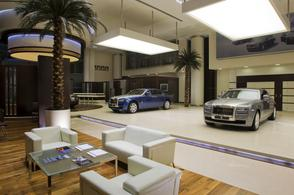 Grootste Rolls-Royce-showroom in Abu Dhabi