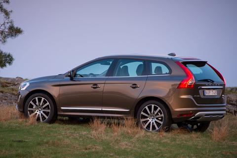 volvo xc60 t5 kinetic specificaties. Black Bedroom Furniture Sets. Home Design Ideas