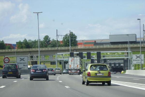 Extra miljoenen voor Vlaamse wegen