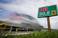 Verbrede A15 officieel in gebruik genomen