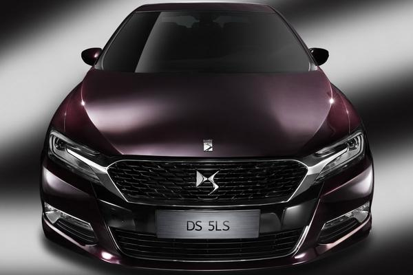 DS presenteert nieuw model in Shanghai