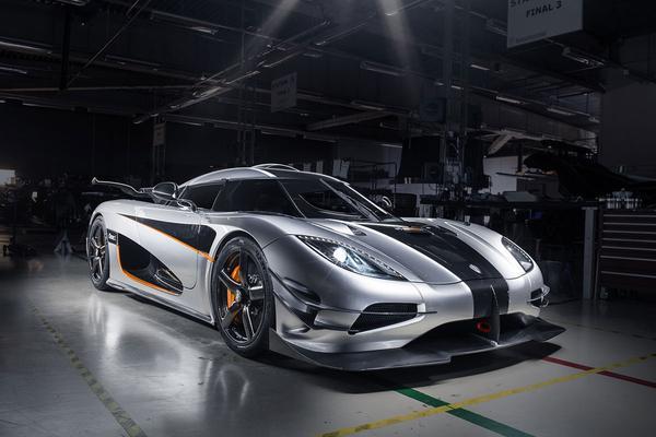 'Koenigsegg met twee modellen naar Amerika'
