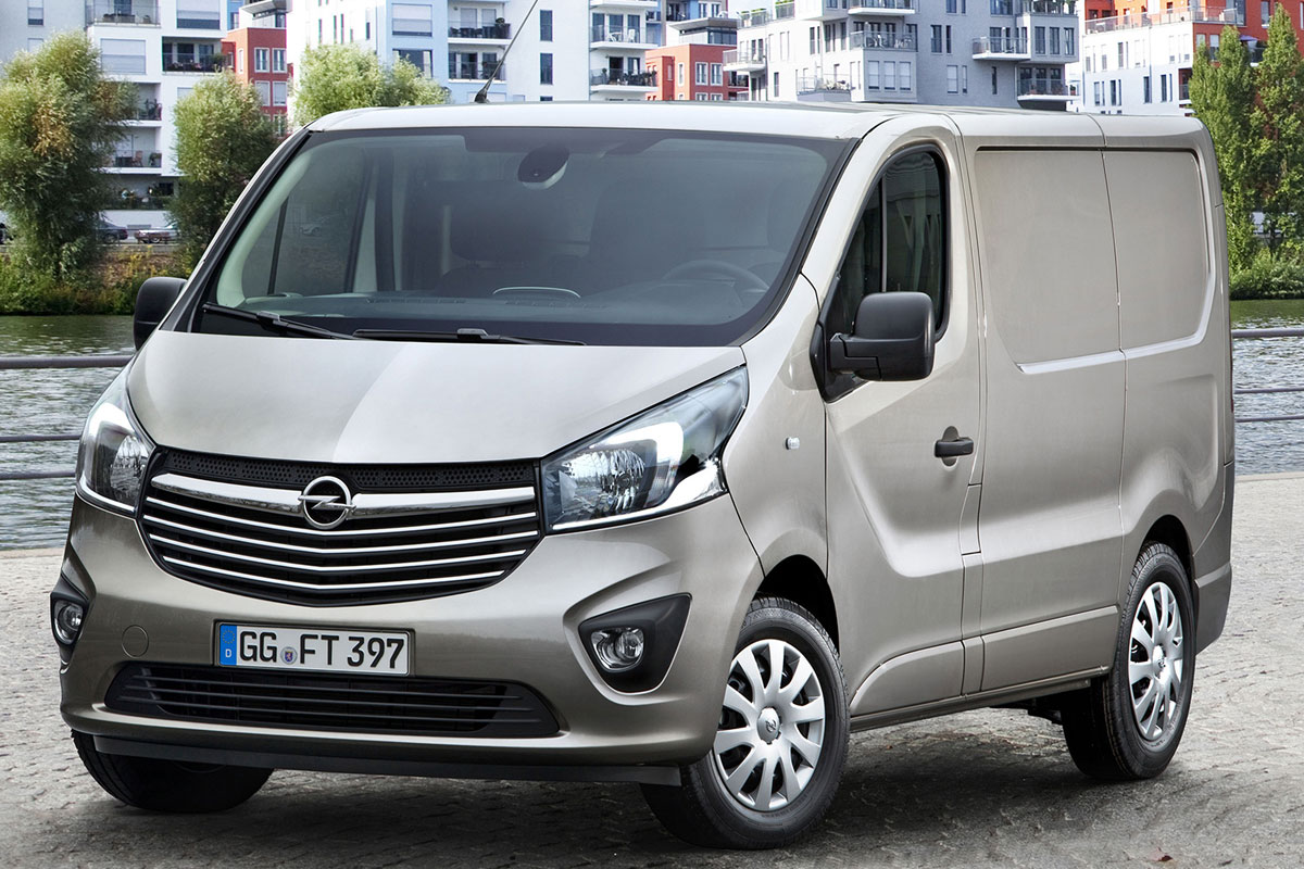2014 renault trafic opel vivaro. Black Bedroom Furniture Sets. Home Design Ideas