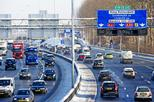 Rotterdam gaat vervuilende voertuigen weren