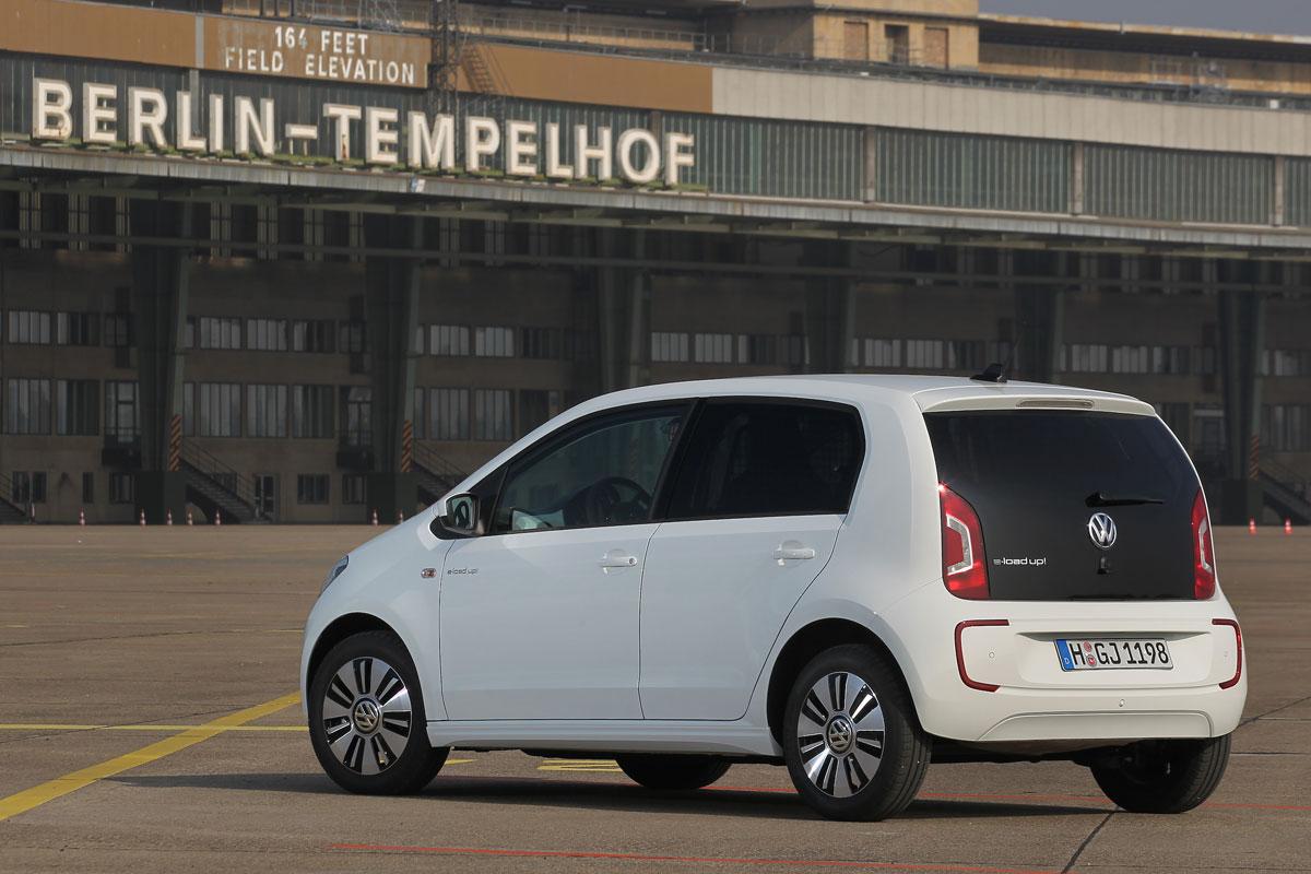 Электрический фургон Volkswagen e-load up!
