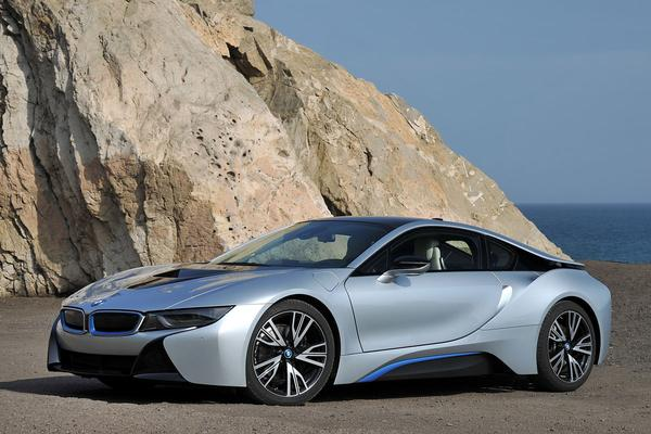 BMW verdubbelt productie i8