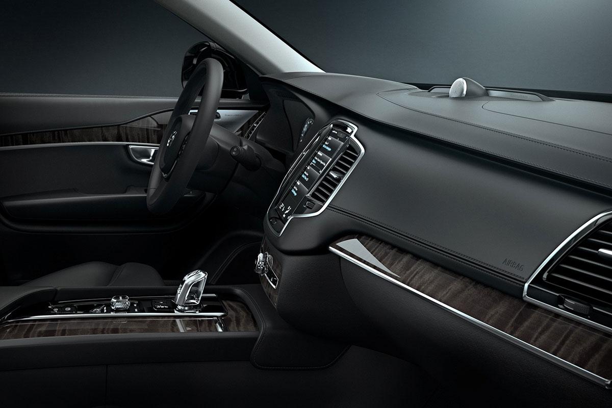 Volvo XC90 II (2015) 13