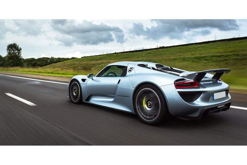 39 porsche 918 spyder bijna uitverkocht 39 autonieuws. Black Bedroom Furniture Sets. Home Design Ideas