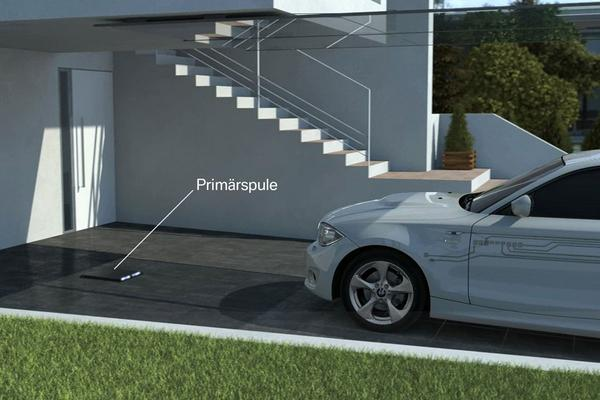 Rotterdam test draadloos auto opladen