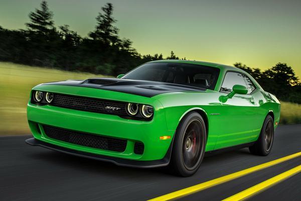 'FCA overweegt 'RHD' Dodge Charger en Challenger'