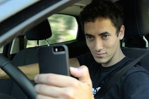 'GM komt met auto die belgedrag herkent'