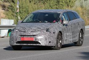 Toyota Avensis: daar komt nummer vier!