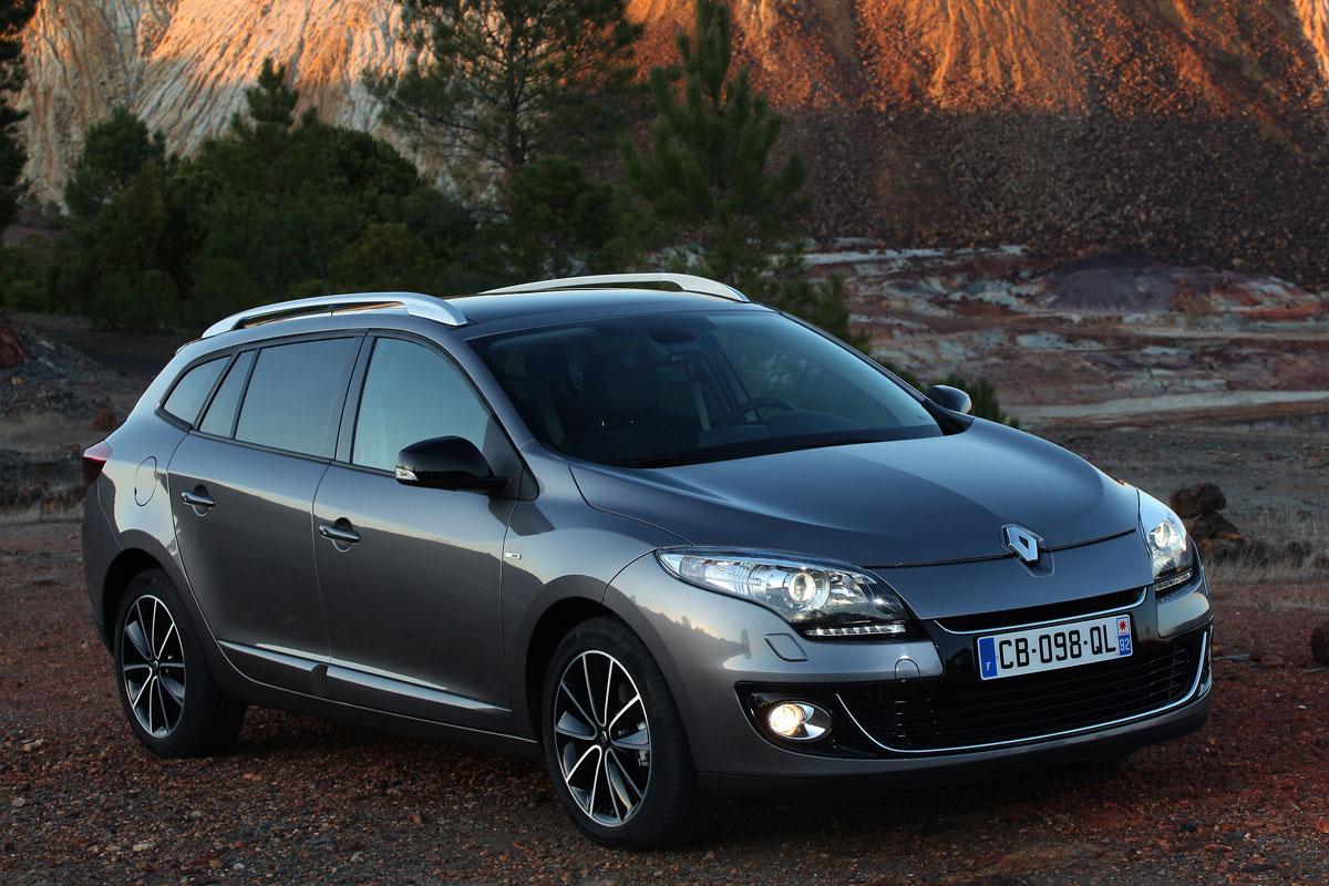 Renault M 233 Gane Estate Dci 110 Eco2 Gt Line Specificaties Autoweek Nl