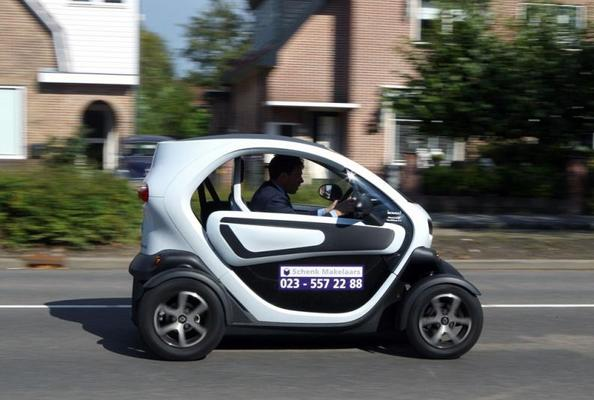 Renault Twizy advertorial