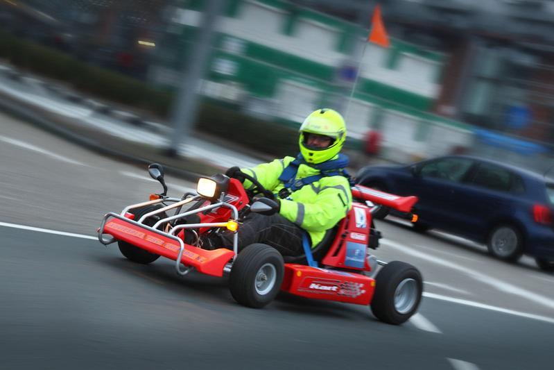 Racer In Zakformaat De Smc F Kart 200 Specials