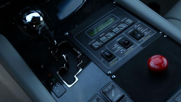 Lexus LS Autonoom