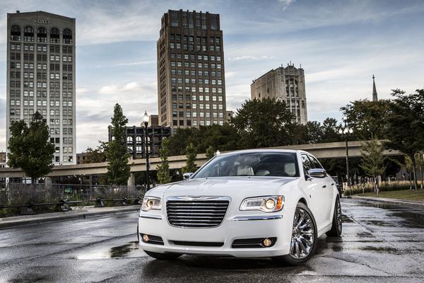 Chrysler 300S Turbine Bronze