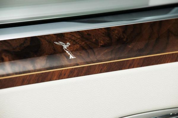 Rolls-Royce Ghost Firnas Motif