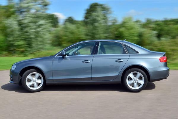 Audi A4 2.0 TDIe 136pk
