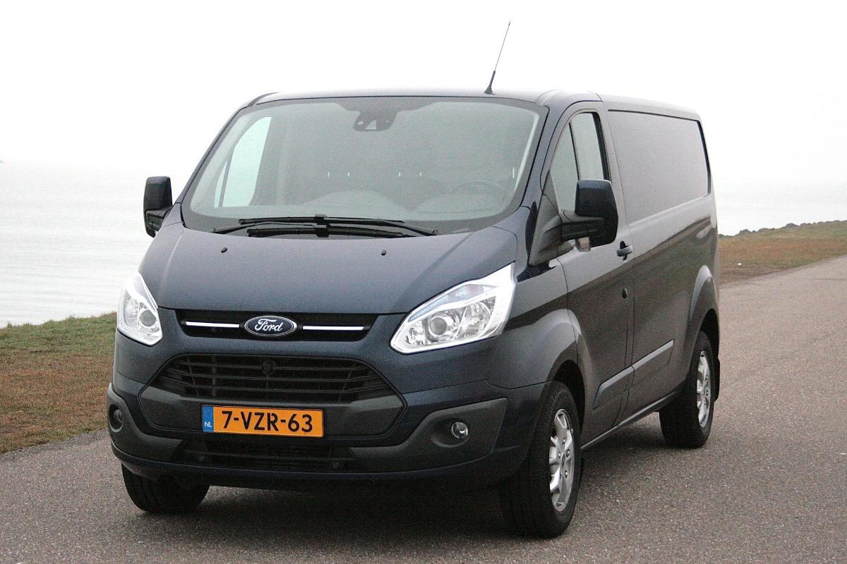 Gereden: Ford Transit Custom 290 L2H1 Limited