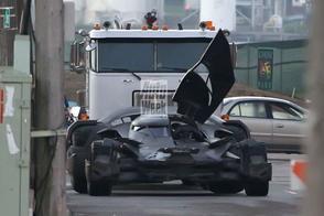 Gespot: de Batmobile in actie!