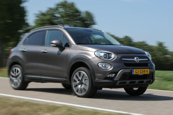 autotest fiat 500x 1 4 turbo multi air 16v 170 4x4 cross plus. Black Bedroom Furniture Sets. Home Design Ideas