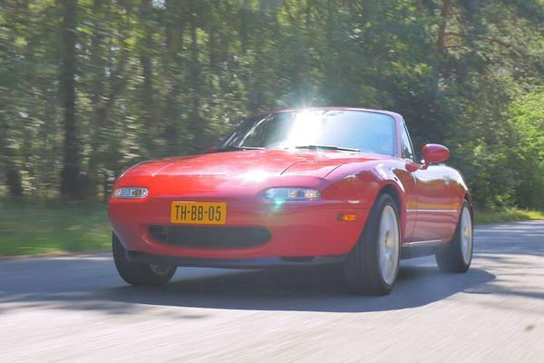 Video: Mazda MX-5 Miata – 1990 – 360.997 km - Klokje Rond