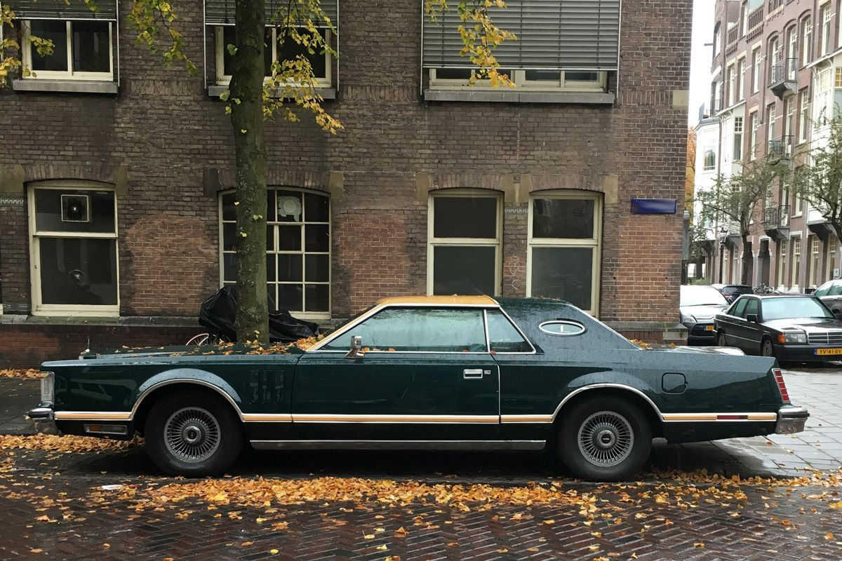 in het wild lincoln continental mark v 1978 autonieuws. Black Bedroom Furniture Sets. Home Design Ideas