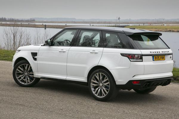 range rover sport svr rij impressie autoweeks eerste rij indruk. Black Bedroom Furniture Sets. Home Design Ideas