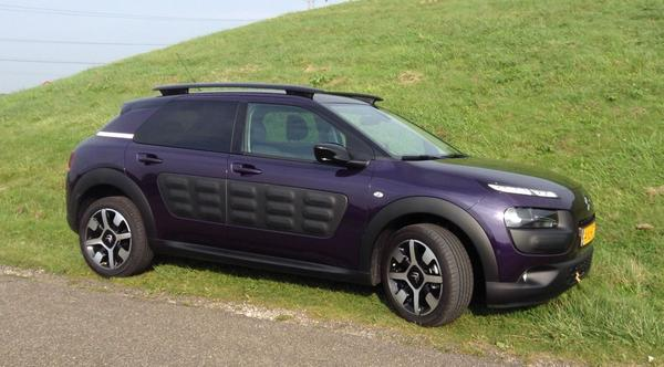 citroen c4 cactus puretech 82 shine 2014 gebruikerservaring autoreviews. Black Bedroom Furniture Sets. Home Design Ideas