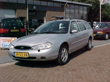 ford mondeo wagon ghia executive 1999 gebruikerservaring autoreviews. Black Bedroom Furniture Sets. Home Design Ideas