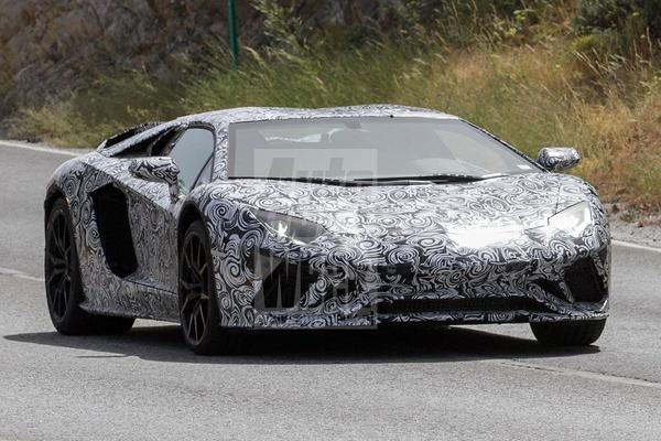'Lamborghini Aventador S op komst'
