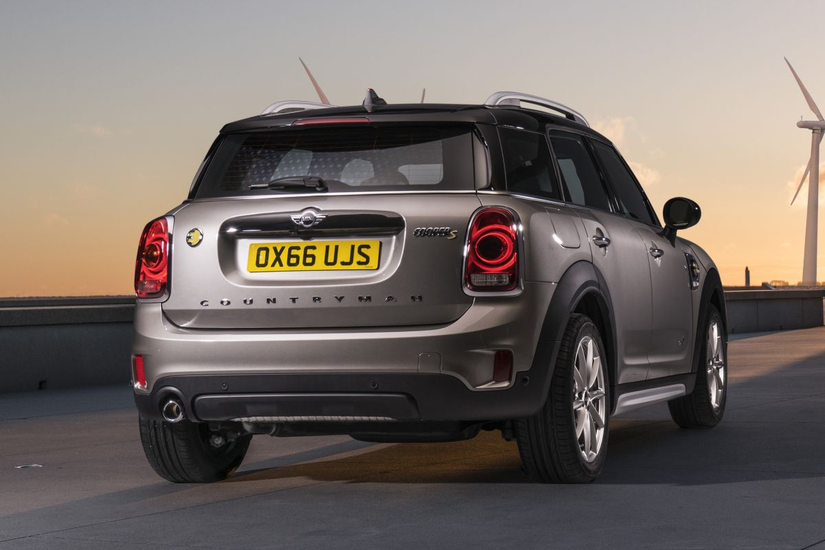 unveiled 2017 mini countryman. Black Bedroom Furniture Sets. Home Design Ideas