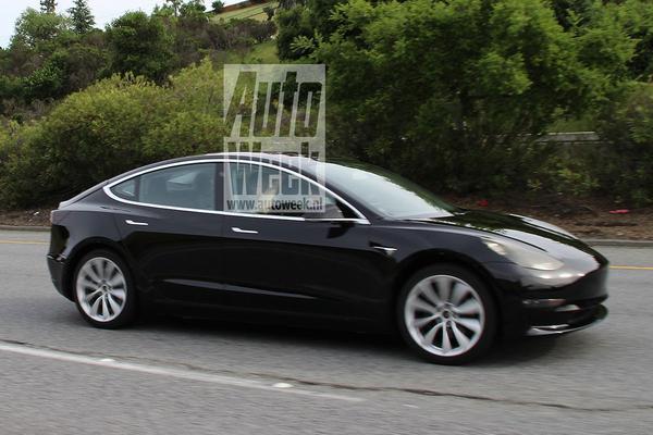 Tesla zet Model 3 naast Model S