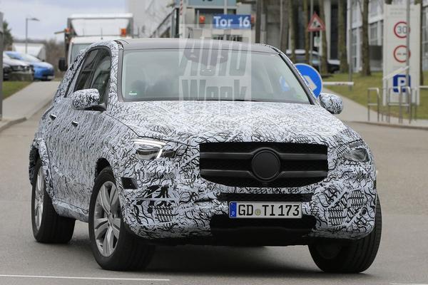 Mercedes GLE-klasse minder gecamoufleerd