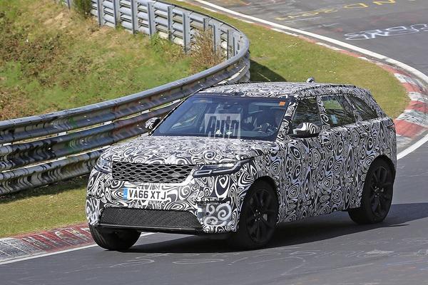 Gesnapt: Land Rover Range Rover Velar SVR