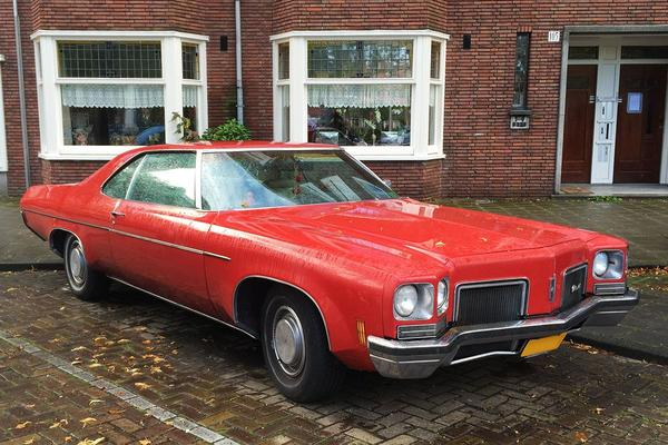 In het wild: Oldsmobile 88 (1972)