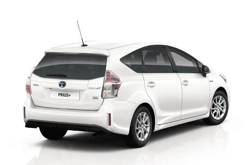 toyota prius wagon omgedoopt tot prius autonieuws. Black Bedroom Furniture Sets. Home Design Ideas