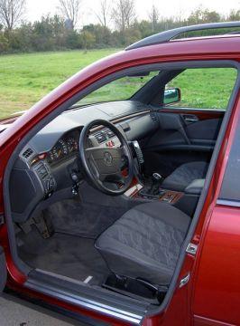 Mercedes-Benz E 220 CDI Classic Combi 1999