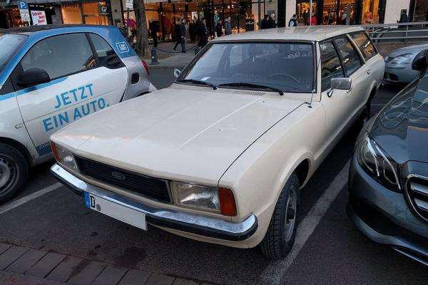 In het wild: Ford Taunus Turnier