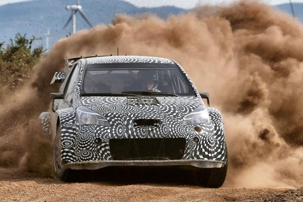 Toyota Yaris 'WRC' in laatste testfase