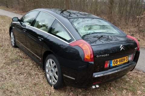 citroen c6 2 7 hdif v6 exclusive 2006 gebruikerservaring autoreviews. Black Bedroom Furniture Sets. Home Design Ideas