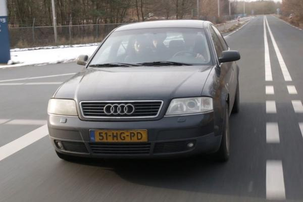 Video: Audi A6 2.5 TDI - 2001 - 788.003 km - Klokje Rond