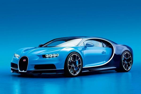 Bugatti Chiron is los!